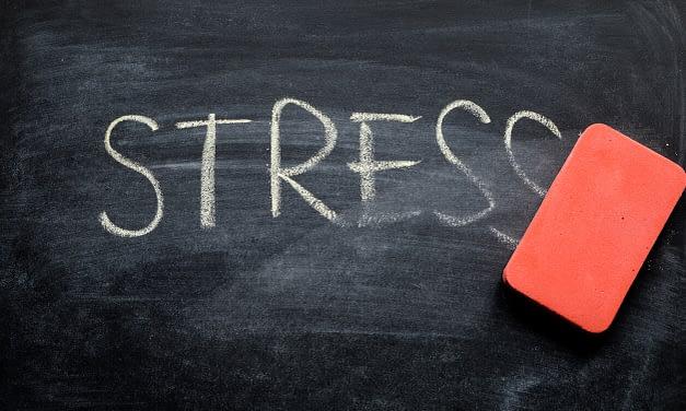 Existe-t-il une relation entre stress et prise de poids ?
